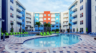 Campus lodge apartments tampa renttampabay for 1 bedroom student housing tampa