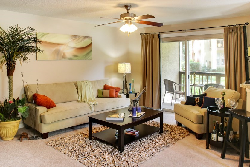 Stonegate Apartments in Palm Harbor, FL - RentTampaBay