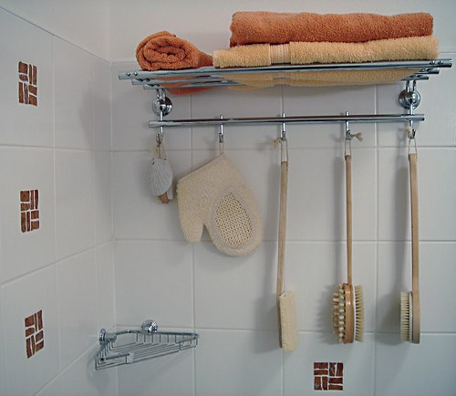 Hanging Apartment Bathroom Storage