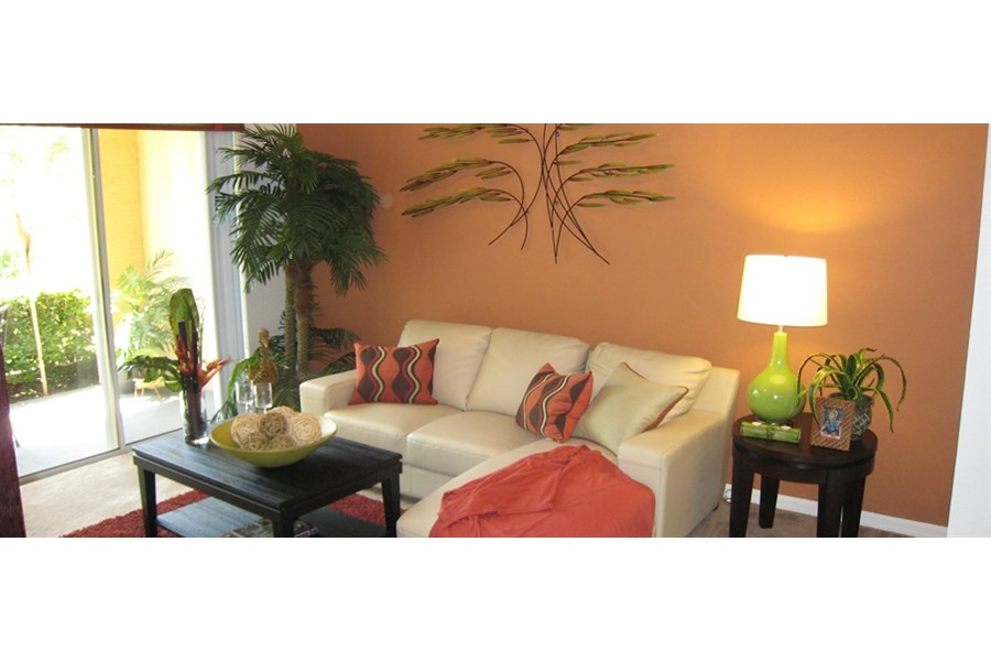 Plantation Gardens Apartments in Pinellas Park - RentTampaBay